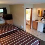 Motel Room 2 Queen Budget